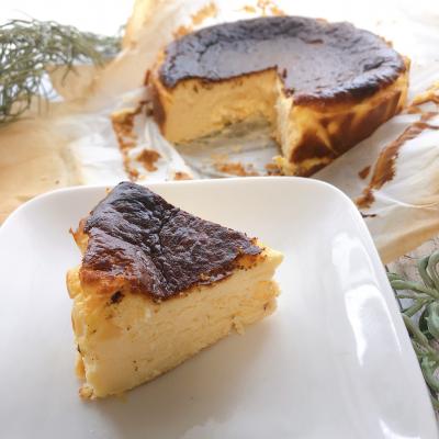 ラム酒香るバスクチーズケーキ
