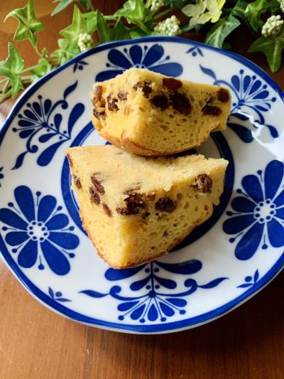 ノンオイル・レーズン蒸しパン風ケーキ
