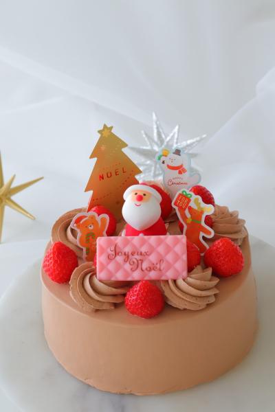 冷凍チョコホイップでチョコレートクリスマスケーキ