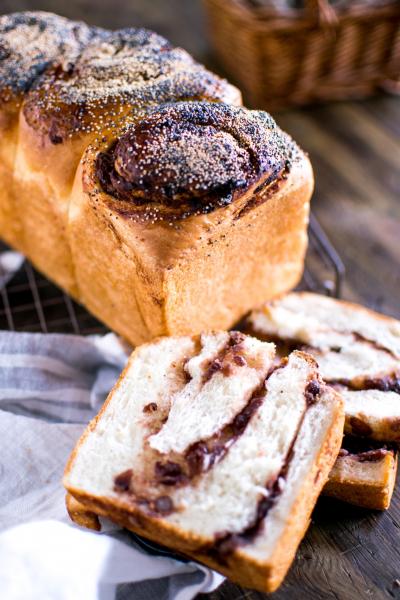 しっとりもっちりあん食パン