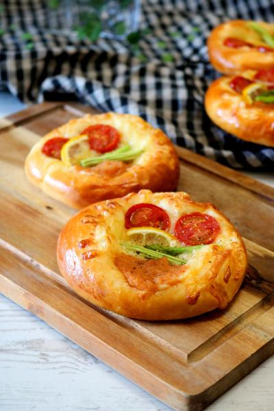 明太バターのピザパン。