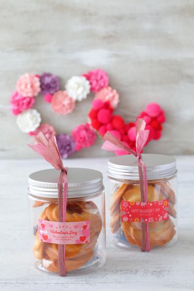 円筒ケースを使ったクッキーのバレンタインラッピング