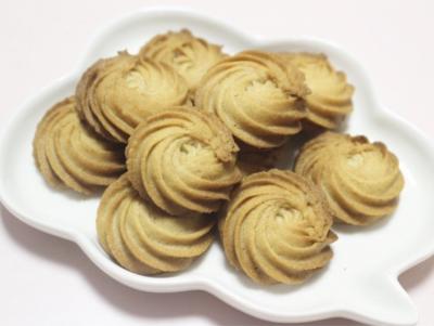 ほんのりラム酒香るサクサクマロンの絞り出しクッキー