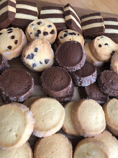 サクサクのDiamantクッキー(プレーンとココア)