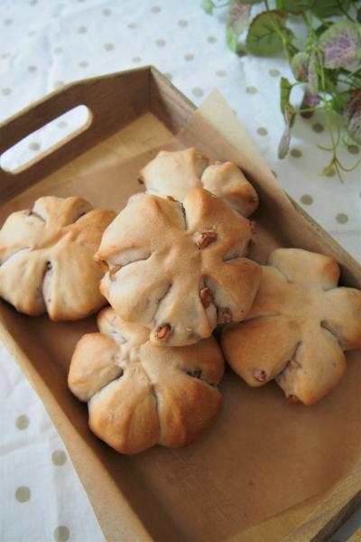白神こだま酵母のくるみパン