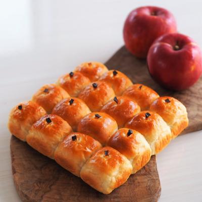 リンゴが並んだちぎりパン