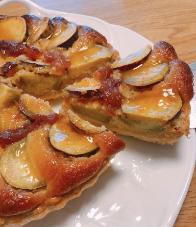 煮リンゴとさつまいものタルト