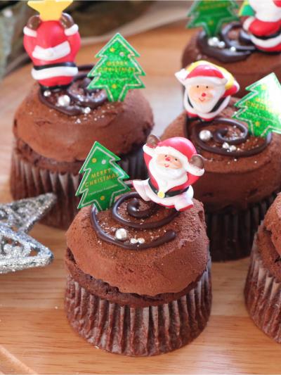 ブッシュドノエル風*チョコレートカップケーキ