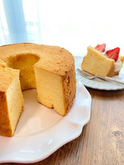 ふんわりしっとり♡バニラミルクシフォンケーキ