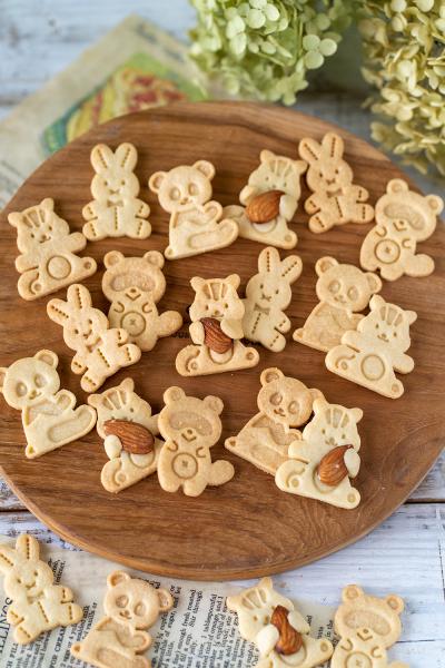3種のクッキーキットで作る 森のどうぶつ達のスタンプクッキー