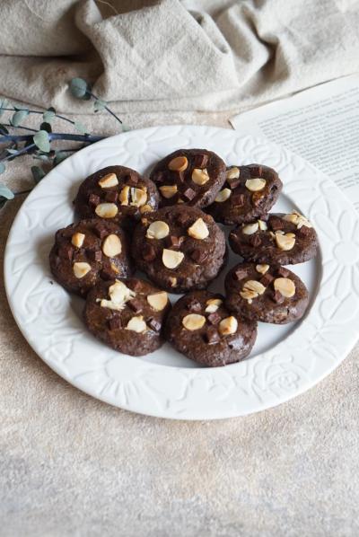 マカダミアとココアのドロップクッキー