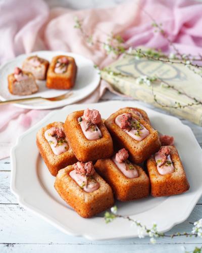 桜とホワイトチョコのティグレ♡