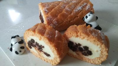 レーズンのロールチーズケーキ