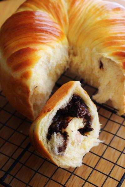 チョコバナナのウールロールパン
