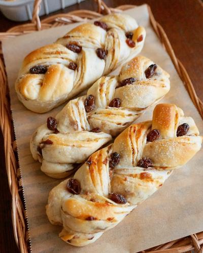 【レーズン2021】ラムレーズン折り込みパン