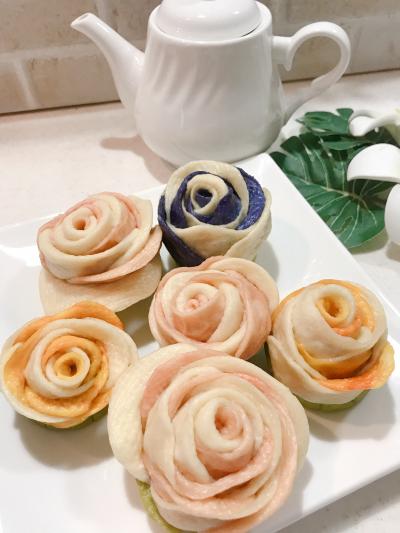 バラの花びらパン