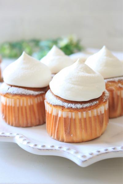 ふわふわ♪練乳でミルキーシフォンカップケーキ