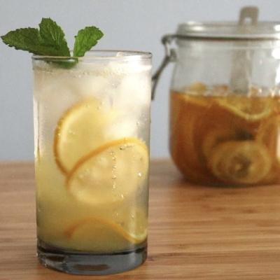 用意するのは2つ!砂糖とレモンだけ♪ 夏にぴったり爽やかレモネード
