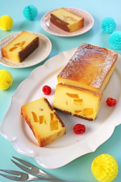 ドライマンゴーでなめらかチーズケーキ