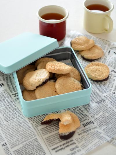 材料5つ!ほろ苦ココア&マシュマロクッキー