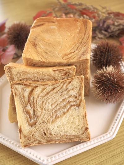 *マロンマーブル食パン*