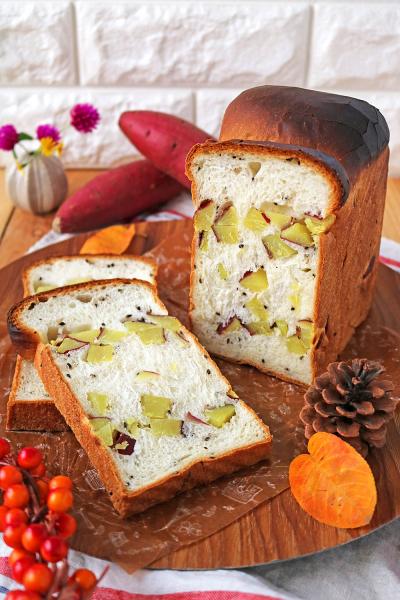 ゴロゴロさつまいも食パン