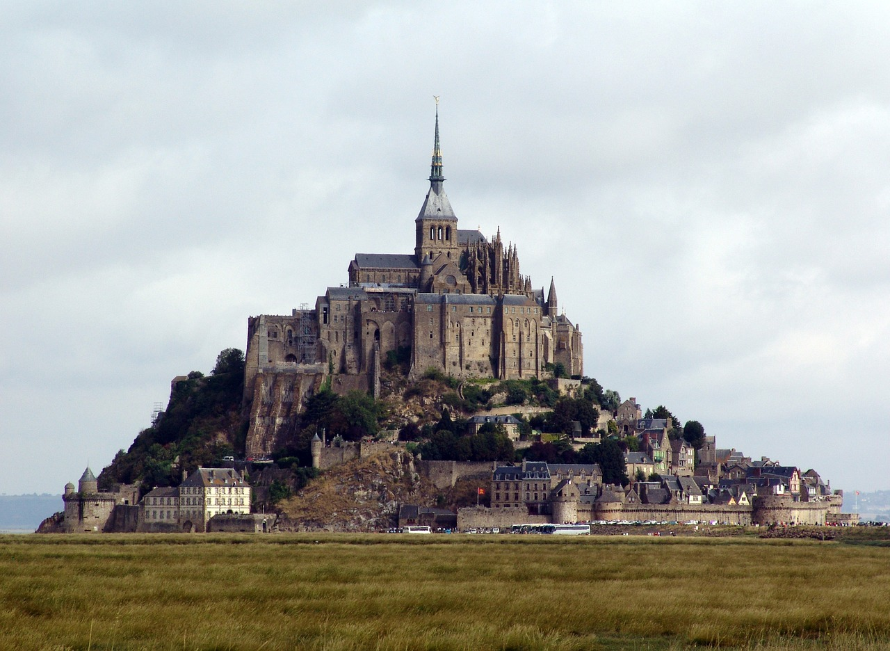mt-saint-michel-1084785_1280