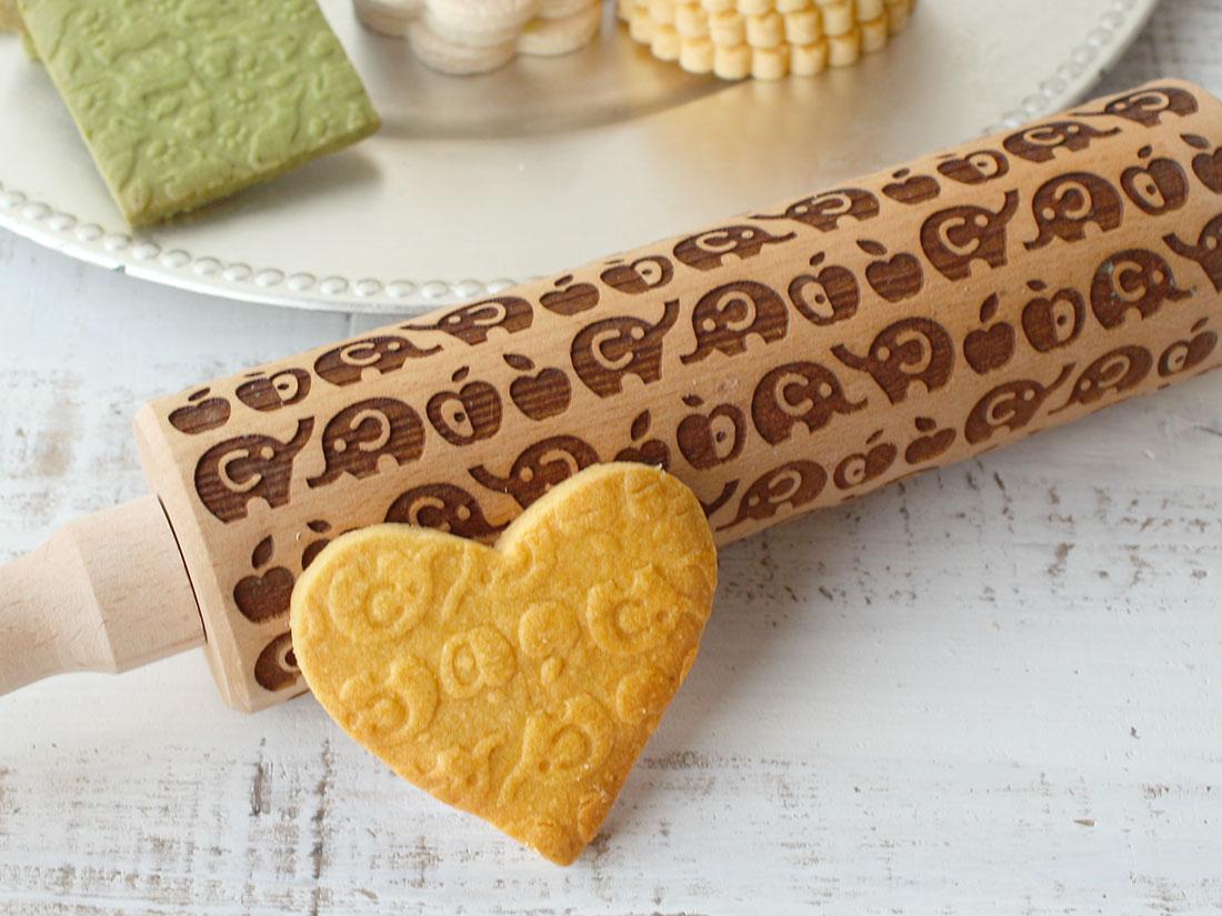 cotta 木製クッキーローラー ぞうとりんご