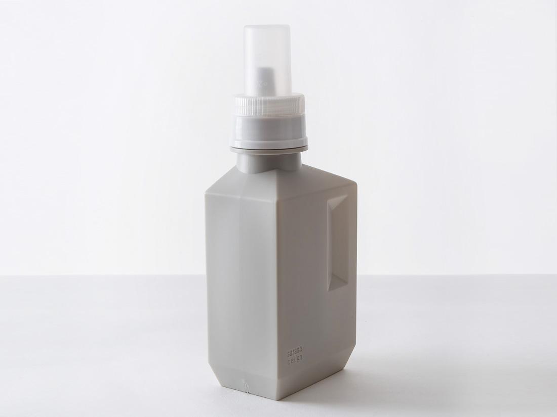 b2c ランドリーボトル M 700ml ウォームグレー