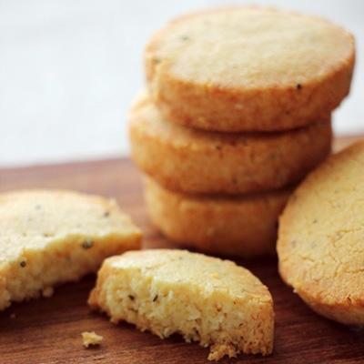 ない クッキー 甘く